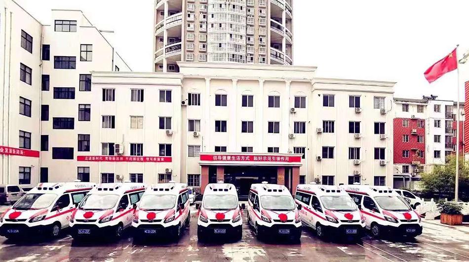 多批救护车陆续投入使用,促进基层医疗体系建设